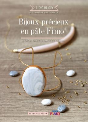 Bijoux précieux en pâte fimo